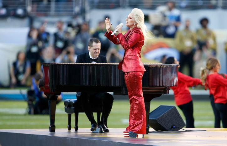 lady-gaga-super-bowl-w724